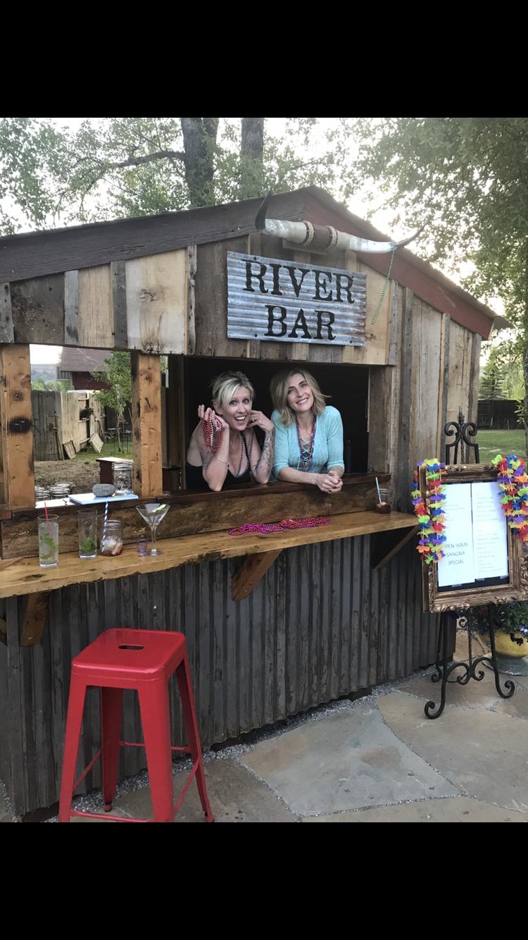 The new River Bar at Garlic Mikes